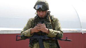 Можно ли в армии России пользоваться мобильным телефоном